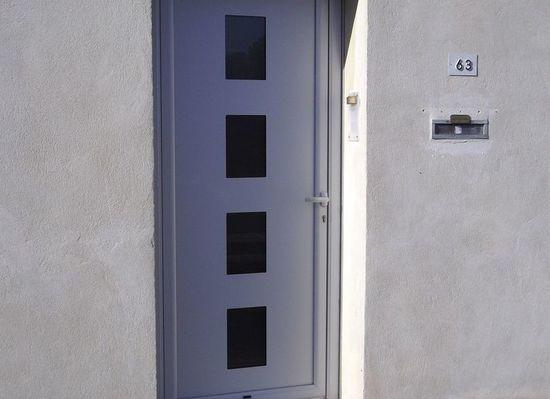 Avenir métallerie service - Althen-des-Paluds - PORTES CLASSIQUES